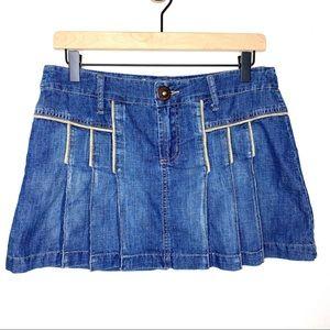 Z. Cavaricci Pleated Medium Wash Jean Skirt Size 7